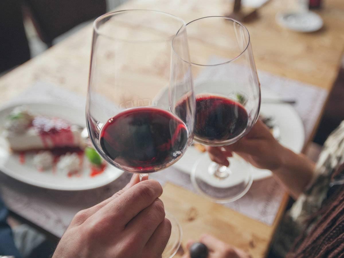 ar galima gerti alkoholinius gėrimus su hipertenzija kas varva hipertenzija