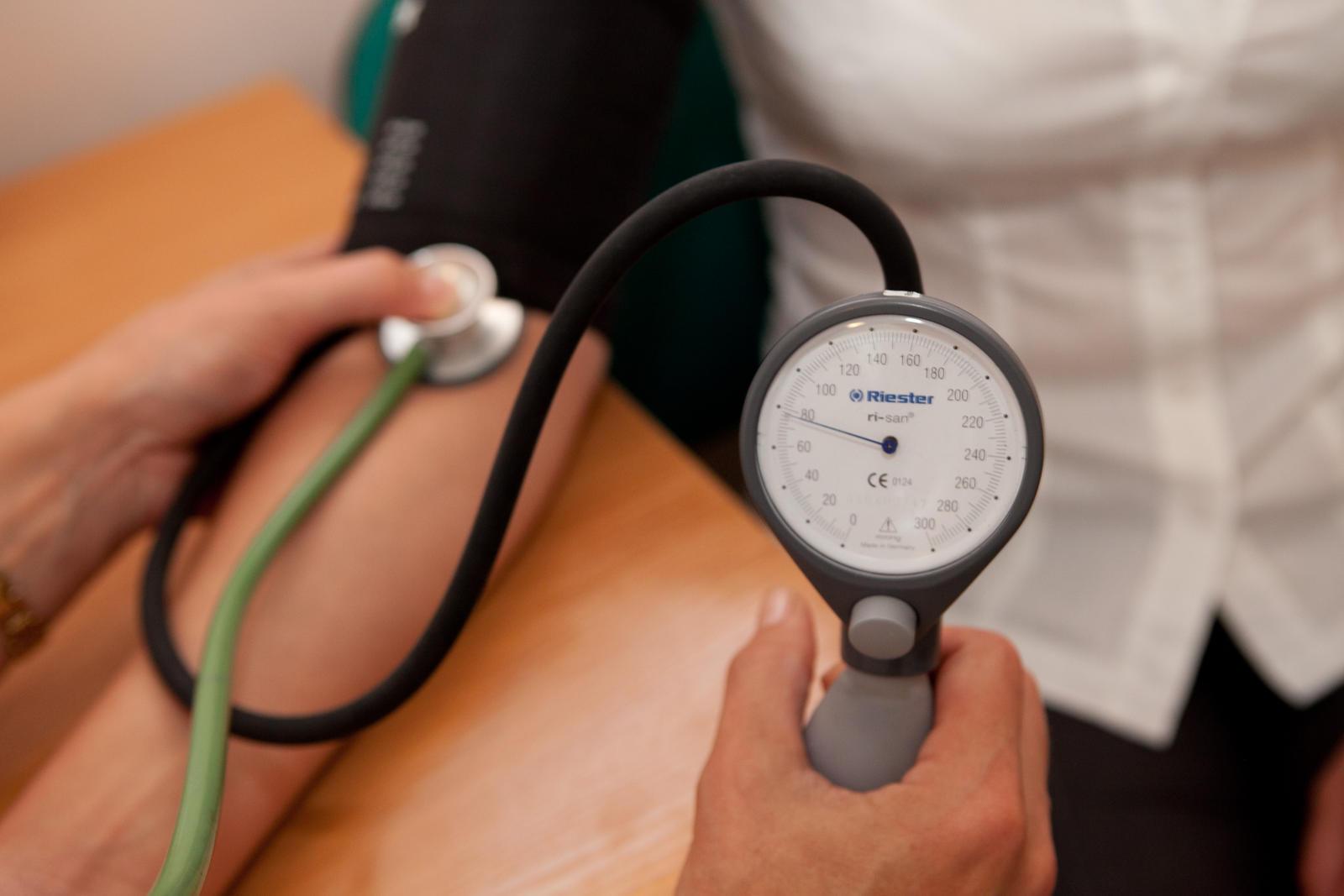 išleisti neįgalumo hipertenziją)