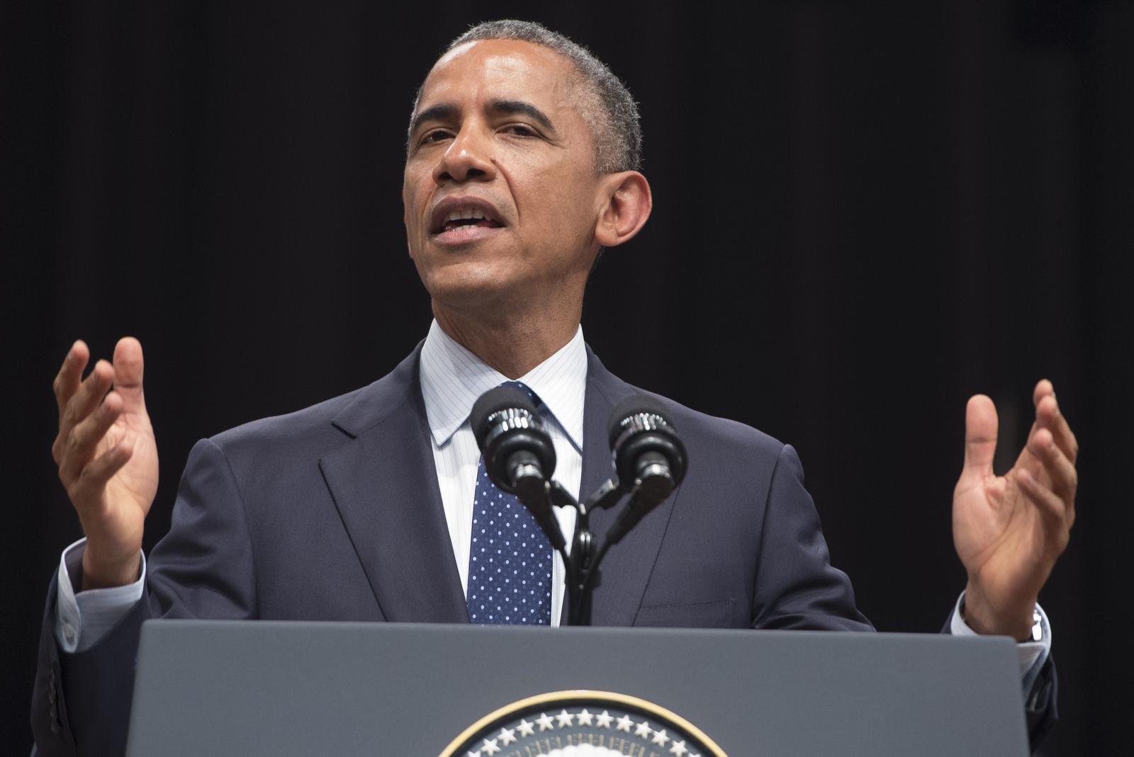 president barack obama speaks - HD2822×1885