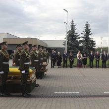 Į Lietuvą perlaidojimui atgabenti M. Biržiškos palaikai