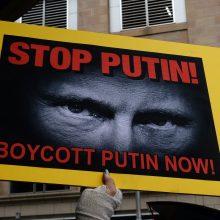 ES pusmečiui pratęsė ekonomines sankcijas Rusijai