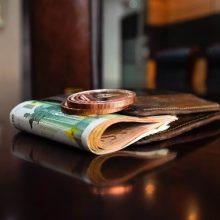 Euro zonos ekonomika ketvirtą šių metų ketvirtį susitrauks 2,7 proc.