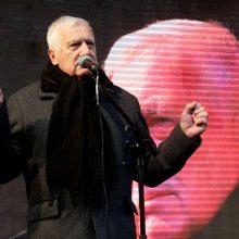 Buvęs Čekijos prezidentas teigia protestavęs prieš karantiną