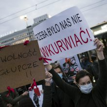 Lenkijoje vyksta streikas dėl teismo sprendimo abortų klausimu
