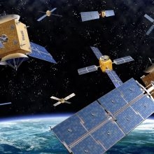Šiukšles tenka rinkti ir kosmose
