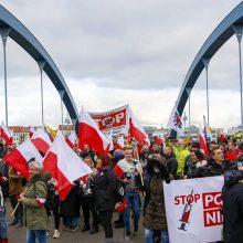 Lenkijoje – 9,1 tūkst. COVID-19 atvejų, mirė 449 pacientai