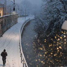 Šiaurės Italijoje siaučiant žiemos audroms Milaną užklojo sniegas