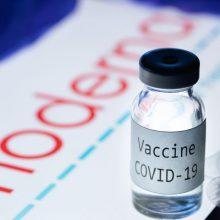 """ES paskelbė apie naujausią vakcinų kontraktą su """"Moderna"""""""