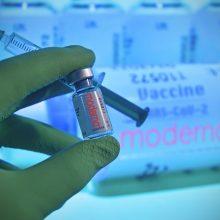 """JAV vaistų reguliuotoja neturėjo priekaištų """"Moderna"""" vakcinai"""