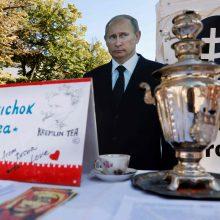 Maskvos atsakymas A. Navalnui: jo gyvybę išgelbėjo V. Putinas