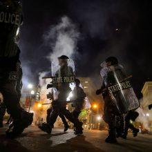 Po susirėmimų Luisvilyje D. Trumpas išsakė palaikymą policijai