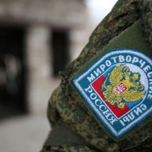 """Turkija ir Rusija sutarė steigti """"taikos palaikymo centrą"""" Kalnų Karabachui"""