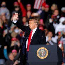 D. Trumpas ragina Džordžijos rinkėjus išgelbėti Ameriką
