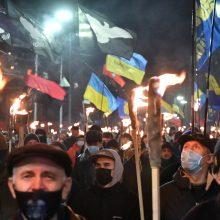 Ukraina ragina Vakarus padėti nuraminti eskalavimą Donbase