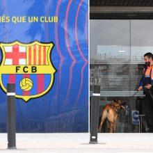 """Per kratas klubo """"FC Barcelona"""" biuruose sulaikyti keli asmenys"""