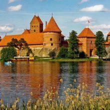 Prokuroras kreipėsi į teismą dėl planuojamų statybų prie ežero Trakų rajone