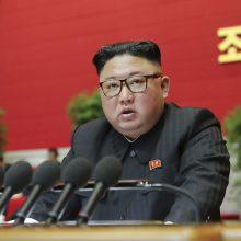 Šiaurės Korėjos lyderis: šalis atsidūrusi blogiausioje per istoriją padėtyje