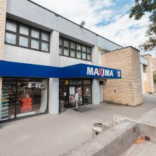 """Kalniečiuose užsidarė parduotuvė """"Maxima"""": nebetenkina pastato vaizdas"""