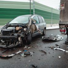 Prie Amalių pervažos – avarija, yra sužalotų