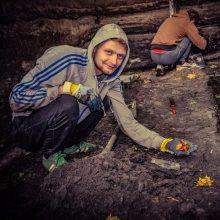 Archeologiniai tyrimai pažėrė staigmenų: radinys – gintaro lobis