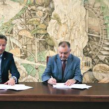 KU ir KUL stiprina partnerystę: bendradarbiavimo sutartis – žingsnis į priekį