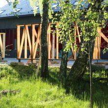 Nidos meno kolonija ves ekskursijas į mišką