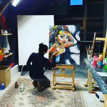 Savamokslės tapytojos darbuose – ir erotika, ir gimtinės ilgesys
