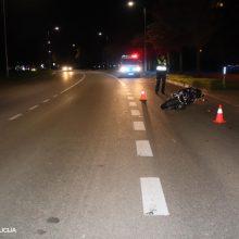 Nelaiminga savaitė keliuose: per eismo įvykius žuvo keturi žmonės