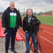 Vieta: Kauno rajone gimusį Andrių Gudžių režisierius filmavo Vilkijos gimnazijos, kurioje mokėsi garsus disko metikas, stadione.