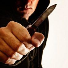 Utenos ligoninėje – peiliu sužalotas vyras: užpuolė dviese