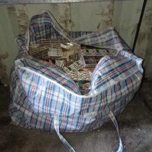 Pasieniečiai sulaikė daugiau nei 8 tūkst. pakelių cigarečių: kontrabandininkai neteko ir automobilių