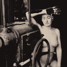 """Darbinis """"Erotique Voilée"""" Trepat fabrike eskizas, 1931 m., iš parodos """"Joan Fontcuberta: Istorijos krizė"""""""