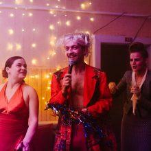 """Spektaklis """"Delčia"""" – geriausias teatrinis vakarėlis šią vasarą Palangoje"""