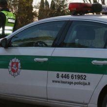 Baisi avarija Tauragėje: neblaivaus vairuotojo automobilis susidūrė su dviem taksi