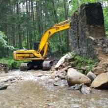 Neries regioniniame parke demontuojama Bražuolės užtvanka