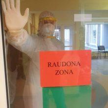 Gerų pavyzdžių – daug: ligoninėje savanoriauja ir Seimo vicepirmininkas
