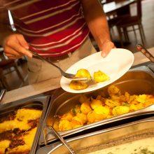 Seimas rado laikiną maitinimo paslaugų tiekėją