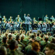 NATO kariai Jonavoje dalyvavo kraujo akcijoje ir rinko lėšas labdarai