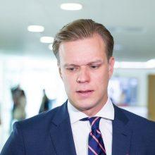 URM: diplomatai galės siūlytis į laisvas ambasadorių vietas