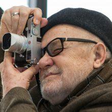 Fotografo A. Sutkaus lobis, kurio galėjo ir nebūti