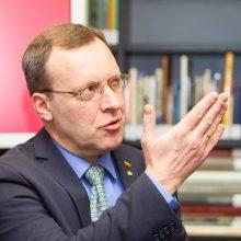 """Rokiruotės: į """"valstiečių"""" frakciją Seime grįžta N. Puteikis"""
