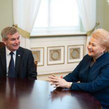 R. Karbauskis teigia, kad V. Pranckiečio menkinti nenorėjo