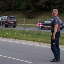 Neblaiviam vairuotojui nepavyko pasprukti nuo pareigūnų