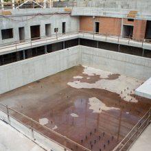 Lazdynų baseino statytojai paskendo nebaigę daug ko