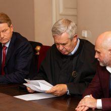 Teismas išnagrinėjo R. Pakso ir G. Vainausko korupcijos bylą