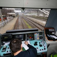 Sumažėjus keleivių keičiasi traukinių tvarkaraštis: stabdomi 32 reisai