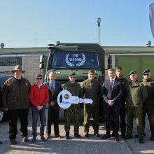 Lietuvos kariuomenei – 110 naujų vokiškų sunkvežimių