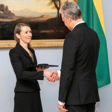 Į Prezidentūrą neįleistai V. Kuodytei G. Nausėda įteikė premiją atskirai