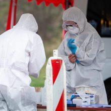 Ruošiamasi antrai viruso bangai: dar keliauja apsaugos priemonės iš Kinijos