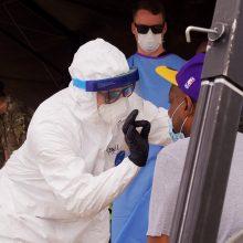 ES šalys dėl plintančio viruso gali uždrausti atvykti turistams iš JAV